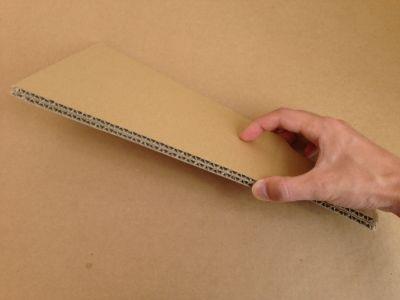 ダンボールで羽子板の作り方手順5