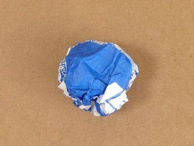 紙コップでけん玉の作り方手順1