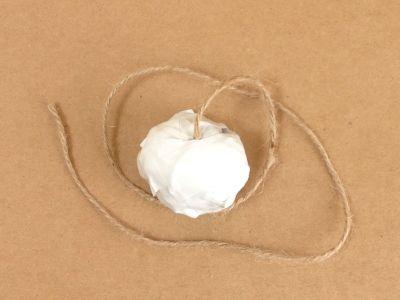 紙コップでけん玉の作り方手順6