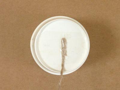 紙コップでけん玉の作り方手順8