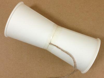 紙コップでけん玉の作り方手順9