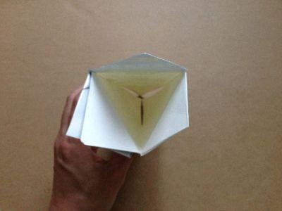 六角形の牛乳パック椅子の作り方手順9