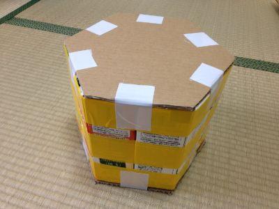 六角形の牛乳パック椅子の作り方手順29