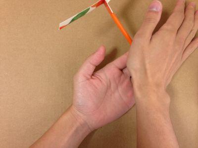 牛乳パック竹とんぼの遊び方