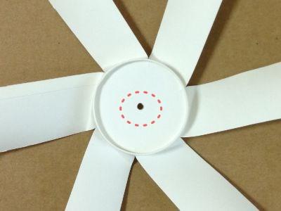 紙コップで風車の作り方手順7